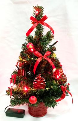 Tischdekoration Weihnachtsbaum mit 20 LED rot